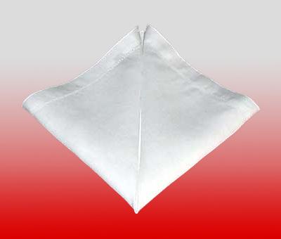 Metodi Per Piegare Tovaglioli.Come Piegare I Tovaglioli A Forma Di Piramide Originalitaly