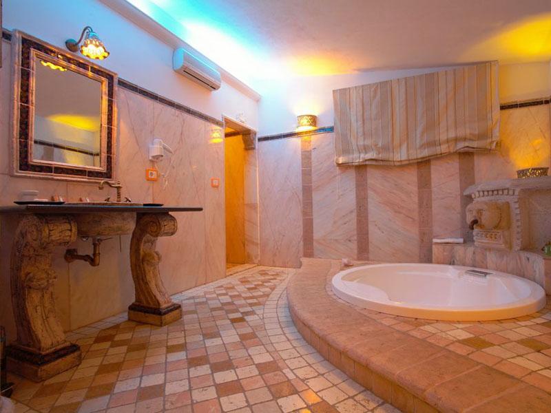 Hotel Spa Con Jacuzzi In Camera Lazio: Suite con vasca idromassaggio ...